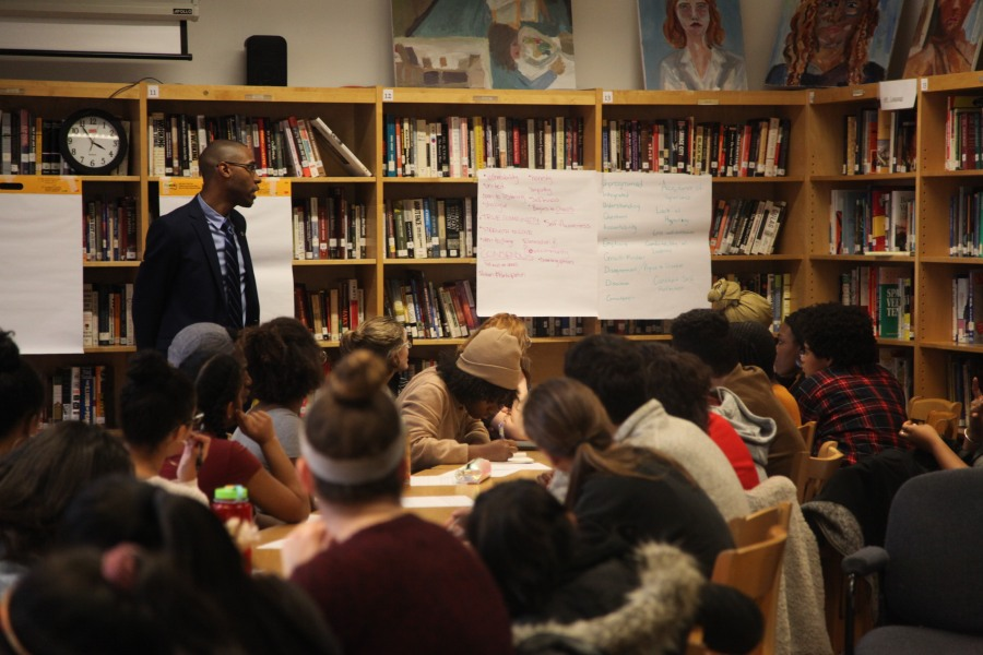 The Round Table was organized by the Diversity Initiative and Student Union and included both students and faculty (Photo Credit_ Ellis Shapiro-Barnum, '19)